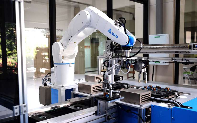 Delta Articulated Robot for Conveyor Tracking Application