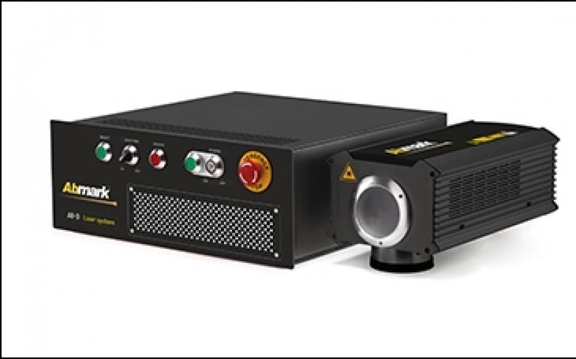 Sử dụng công nghệ DPSS Laser để khắc dấu dễ dàng trên nhựa nhiệt dẻo trong suốt